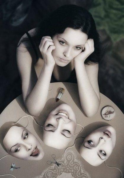 Gỡ bỏ mặt nạ để sống cuộc đời đúng ý nghĩa, bạn có dám không?