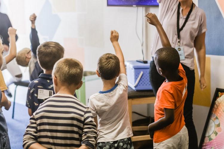 """5 kỹ năng """"sinh tồn"""" trong cuộc sống hiện đại cần được bổ sung gấp vào trường học"""
