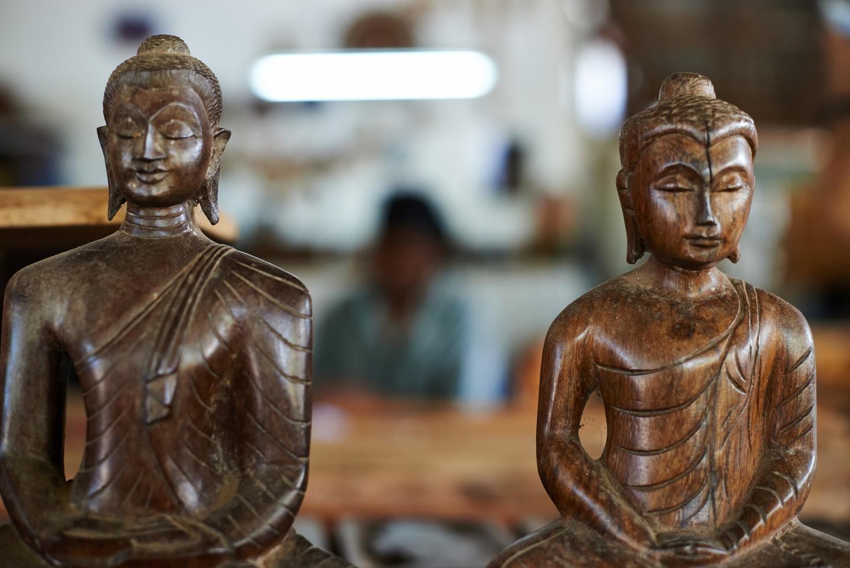 Laksala, tượng Phật, Sri Lanka
