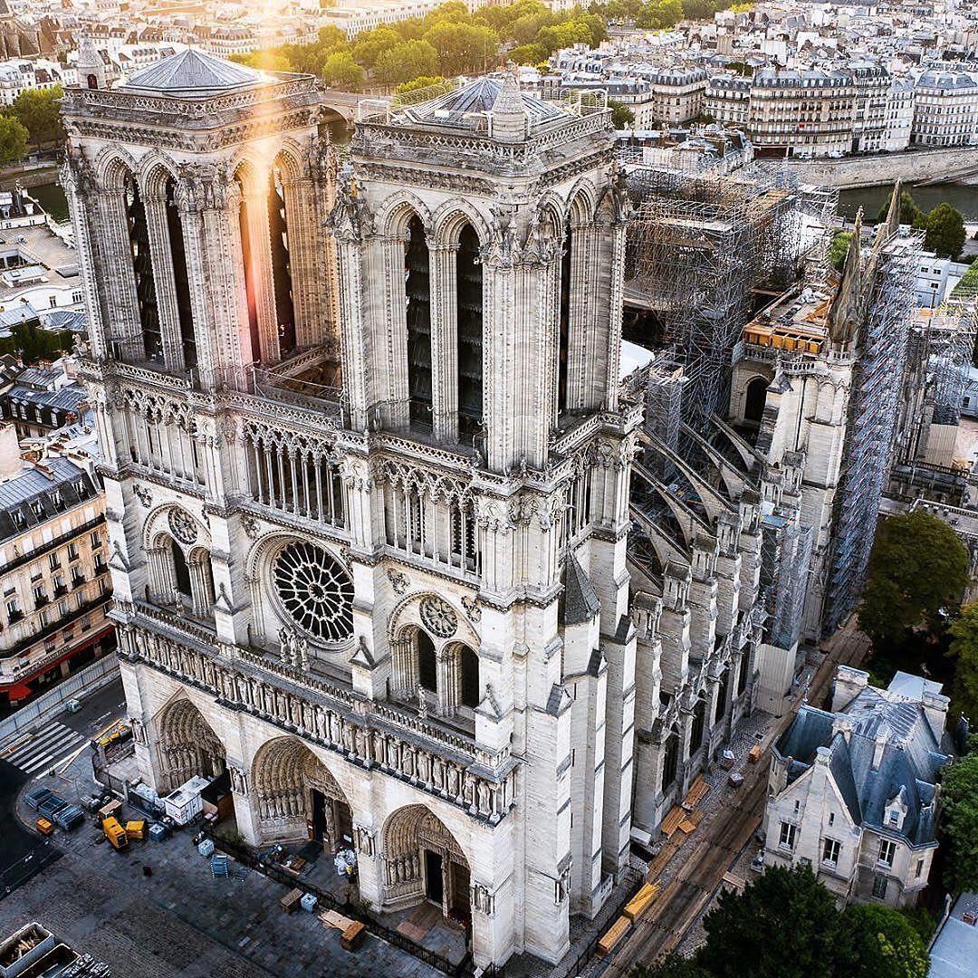 Cathédrale Notre-Dame de Paris, Pháp