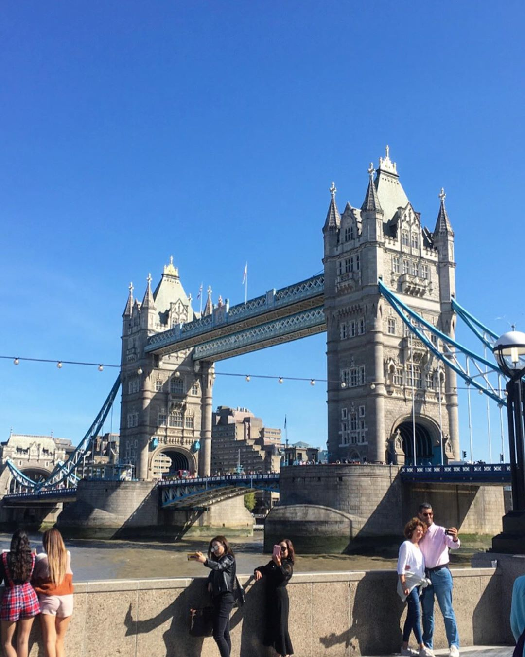 Tower Bridge, Anh