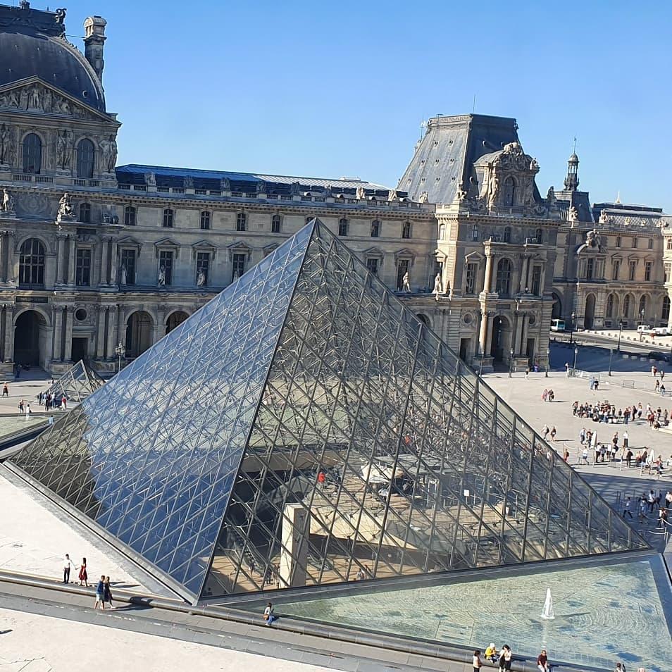 Bảo tàng Lourve, Paris, Pháp
