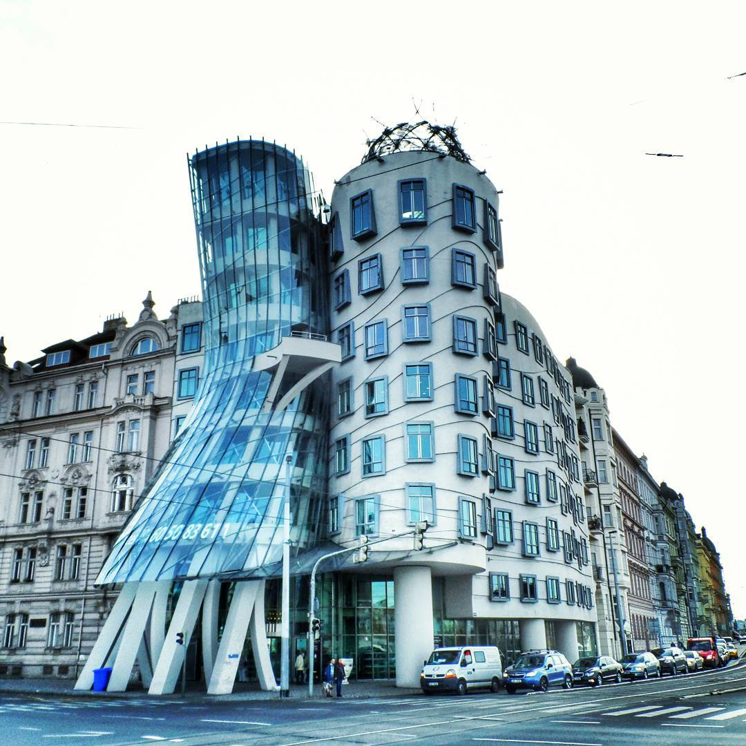 Dancing Buildings (Tòa nhà nhảy múa), Prague