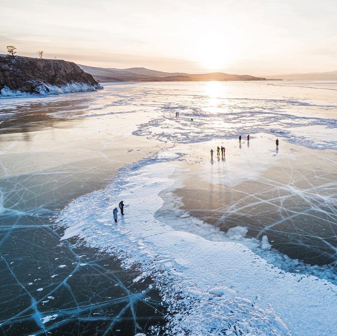 Hồ Baikal thuộc Siberia-Russia