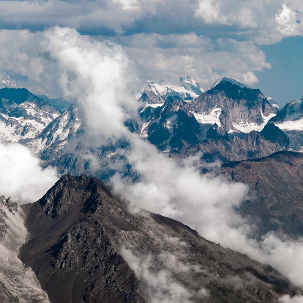 Núi Elbrus, Nga