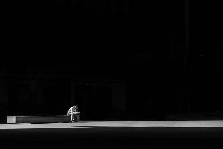 Sự khác nhau giữa cô độc và cô đơn