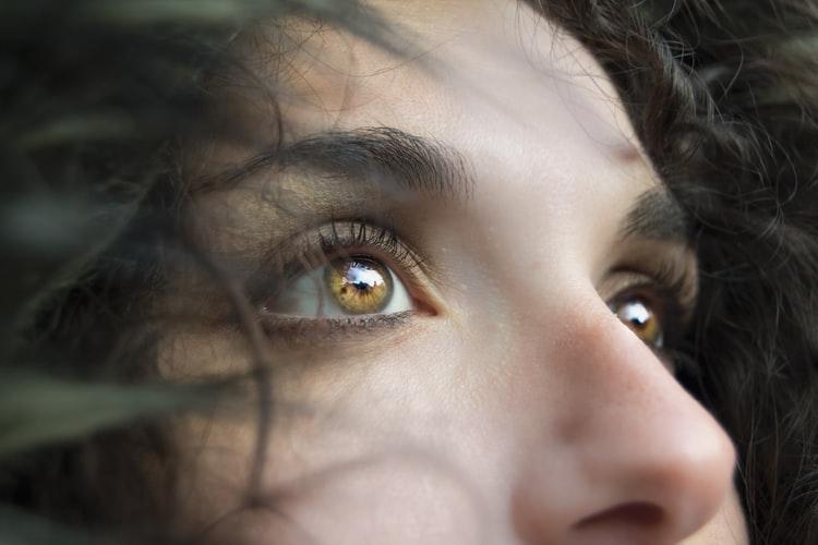 Khoa học lý giải vì sao mũi người Châu Âu cao và gọn hơn người châu Á