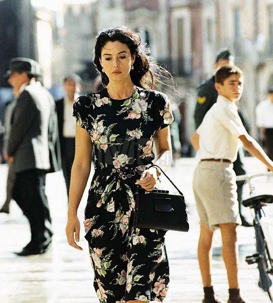 Malena (2000) – Yêu cái đẹp phải chăng cũng là một nghệ thuật?