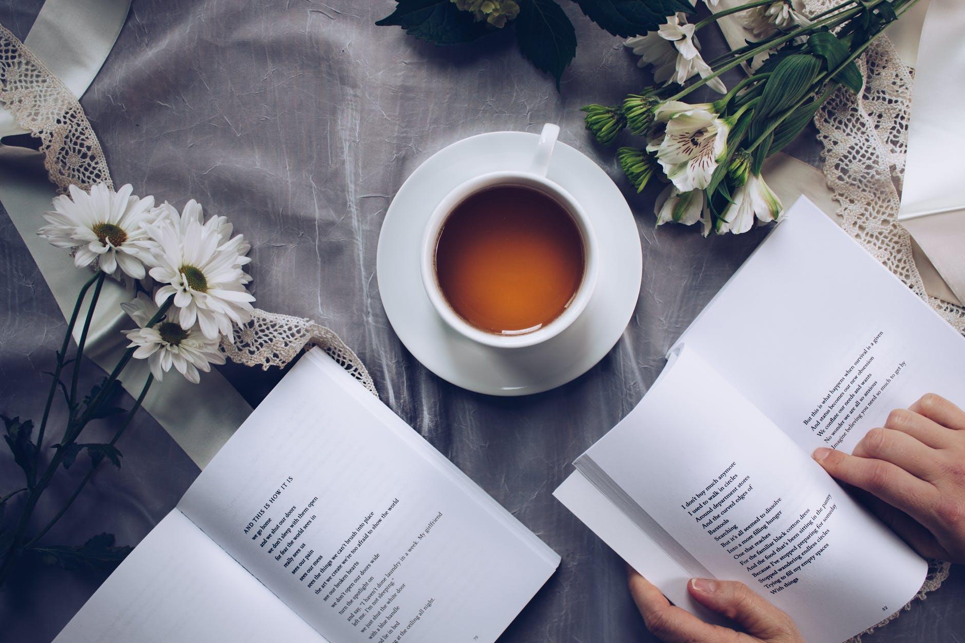 """Sách là tấm gương """"soi"""" nội tâm của bạn"""