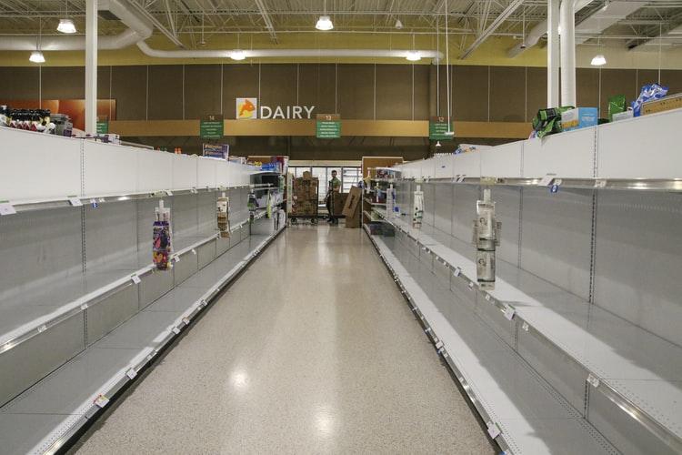 Tại sao mọi người lại đổ xô đi mua giấy vệ sinh khi mới bùng phát đại dịch corona?