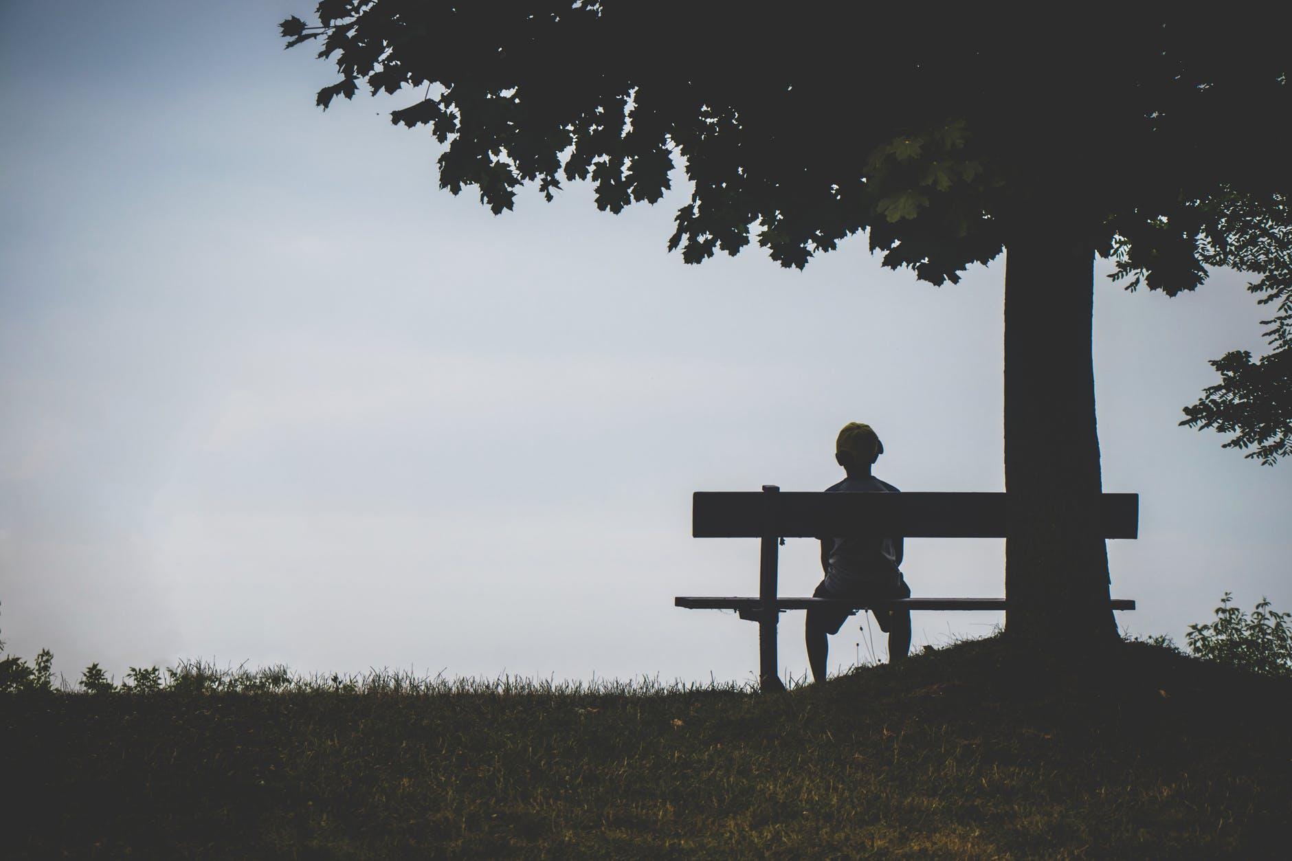 """Lịch sử hình thành và phát triển của """"bệnh cô đơn"""""""