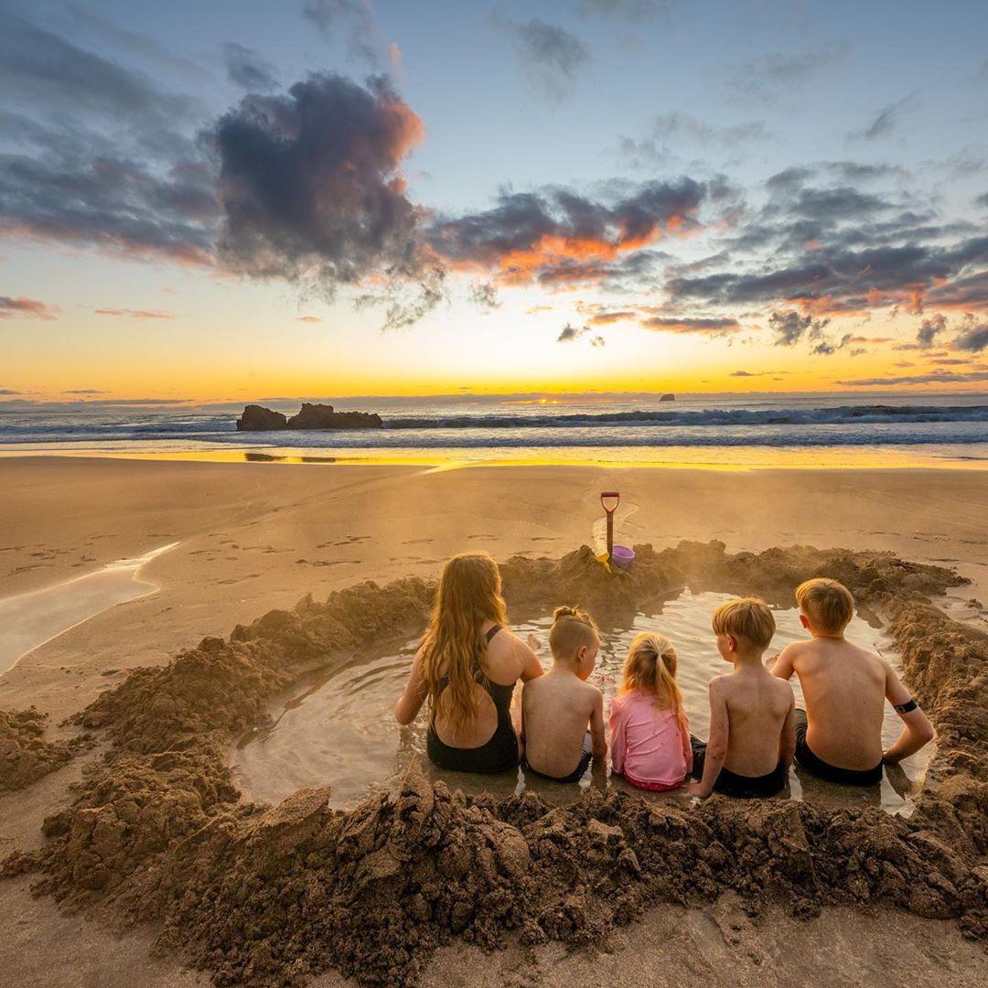 Hot Water Beach, bán đảo Coromandel, New Zealand