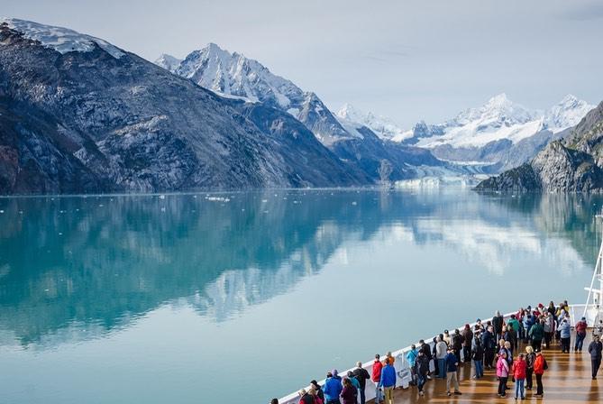 Sông băng Hubbard, Canada