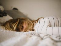 """Không làm gì nhưng ngày nào cũng thấy mệt: Có thể bạn đang mắc phải """"hội chứng mệt mỏi mãn tính"""""""